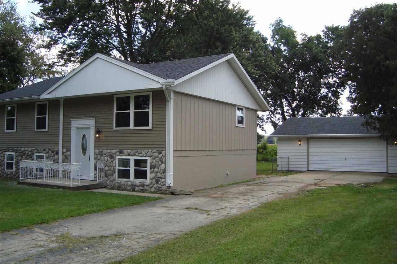 30360 S Meadowbrook Elkhart, IN 46514