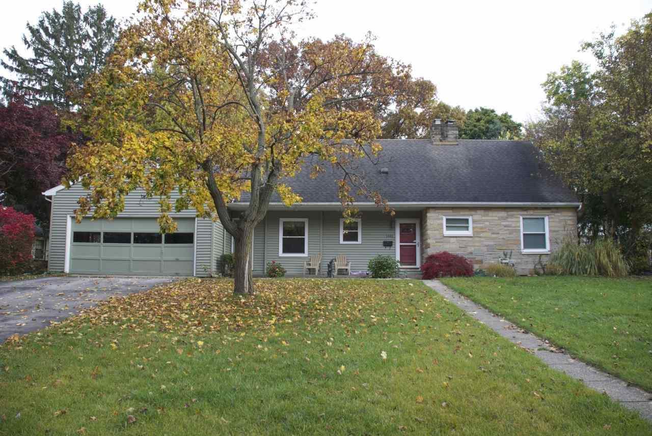 1445  Lawndale Road Elkhart, IN 46514